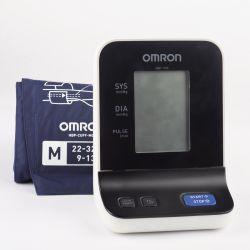 Tensiomètre électronique au bras Omron HBP-1100